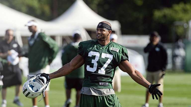 Jets safety Yeremiah Bell during training camp in
