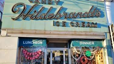 Hildebrandt's ice cream shop in Williston Park was