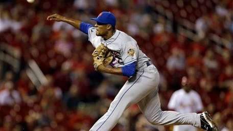 Jeurys Familia deliver a pitch in his major