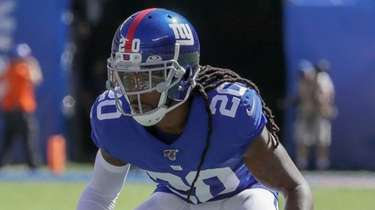 Giants cornerback Janoris Jenkins lines up for a
