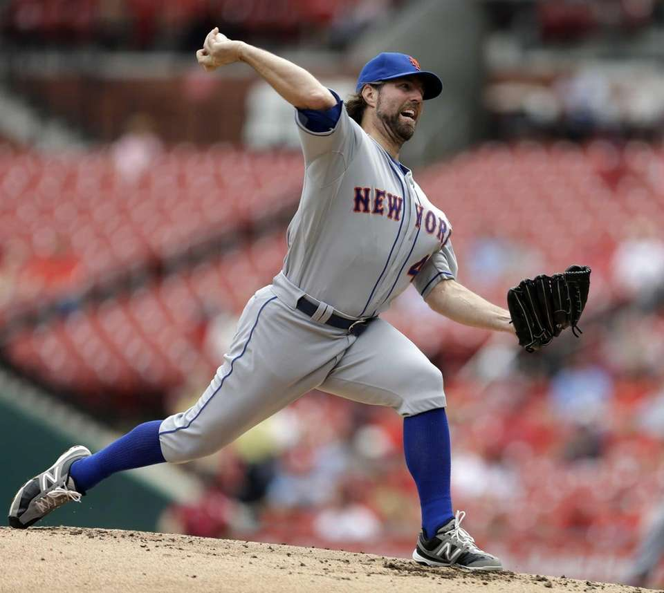 Mets starting pitcher R.A. Dickey won his 18th