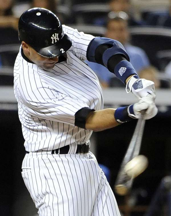 Derek Jeter hits a solo home run off