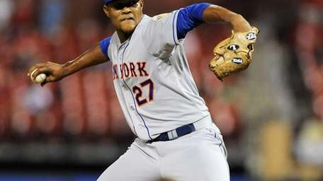 Mets rookie Jeurys Familia faced three Cardinals, gave