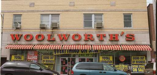Woolworth's in Lynbrook closed on Sept. 15, 1997.