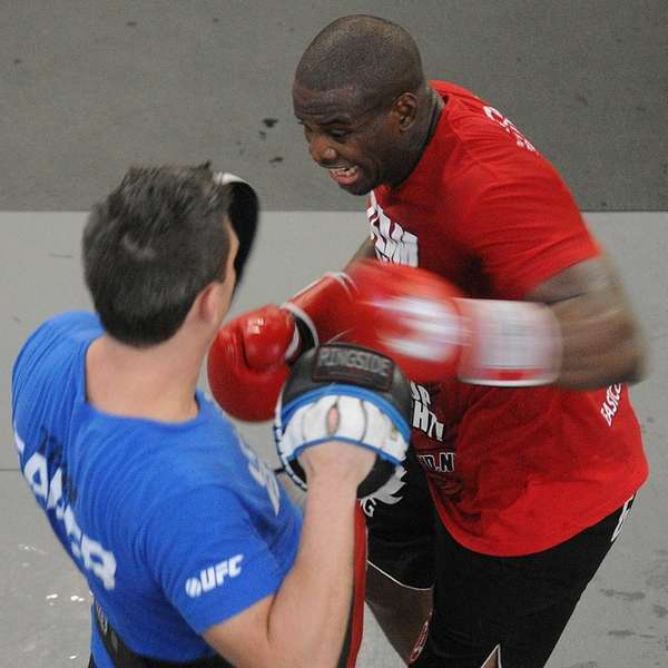 MMA light heavyweight Eddie Gordon, of Freeport, trains