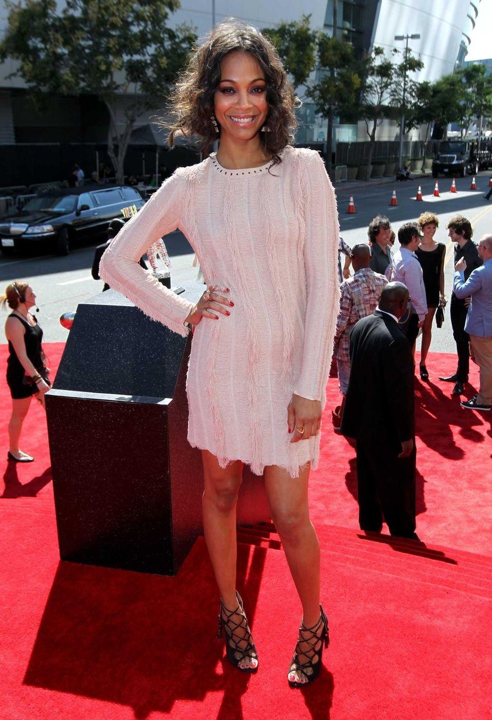 Zoe Saldana arrives at the MTV Video Music