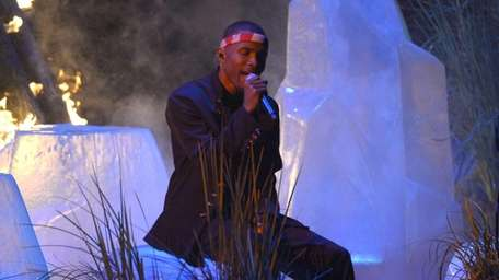 Frank Ocean performs at the MTV Video Music