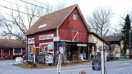 Barntique Village, a complex of antique and vintage