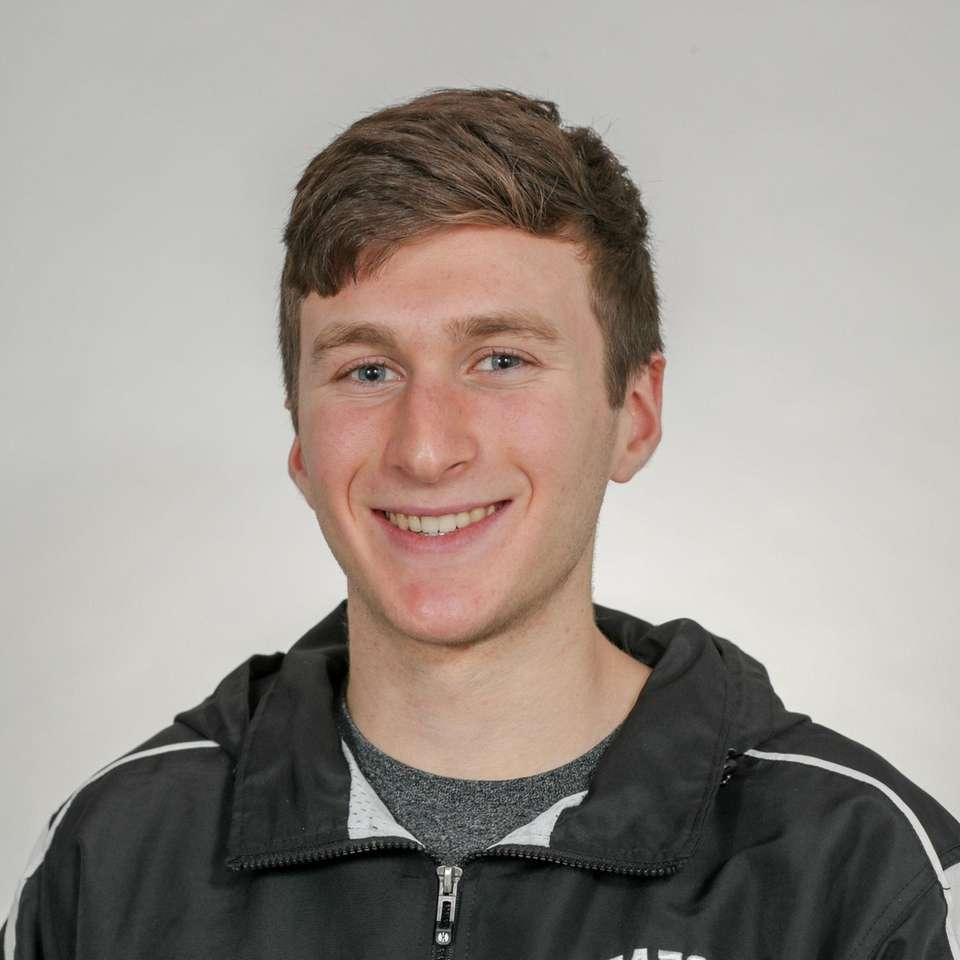 Nassau Runner of the year, Jason Linzer of