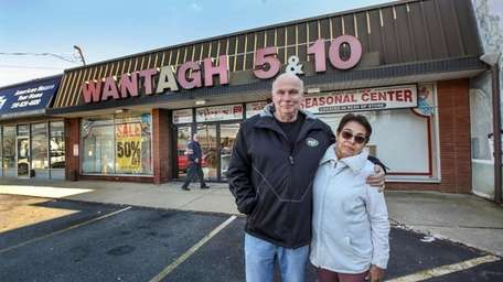John and Anna Norris, owners of the Wantagh
