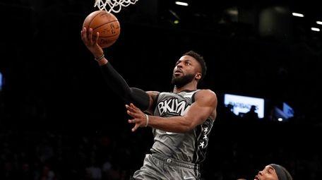 David Nwaba #0 of the Brooklyn Nets goes