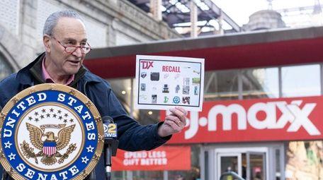 Sen. Chuck Schumer calls Sunday in Manhattan for