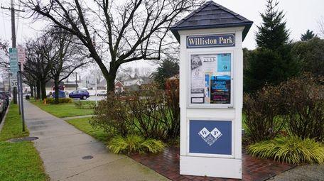 Williston Park's proximity to transportation and religious places