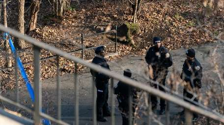 NYPD officers at the entrance of Morningside Park