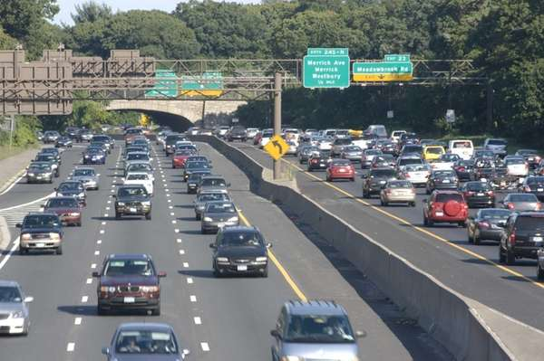 Traffic builds on the Southern State Parkway.