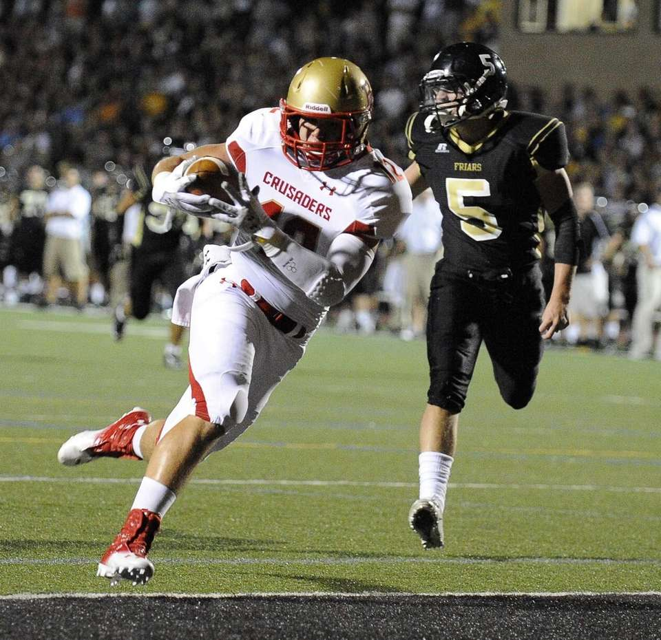 Bergen Catholic's AJ Gallagher runs in for a