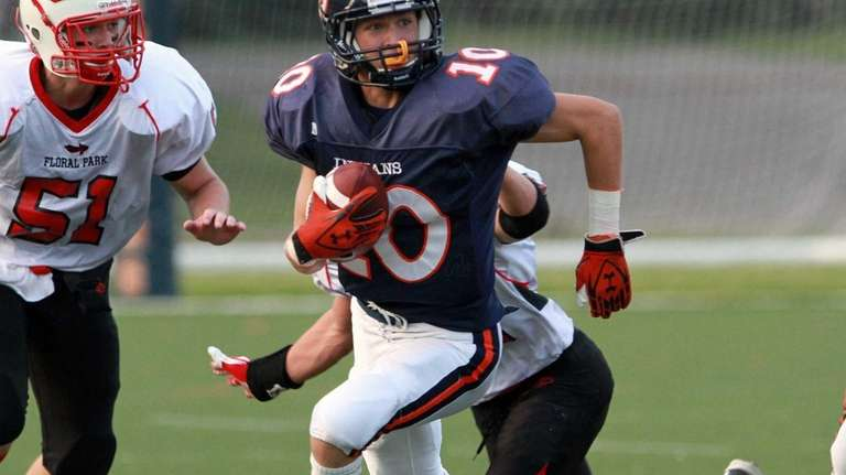 Manhasset's Sean Grimm looks up field on a