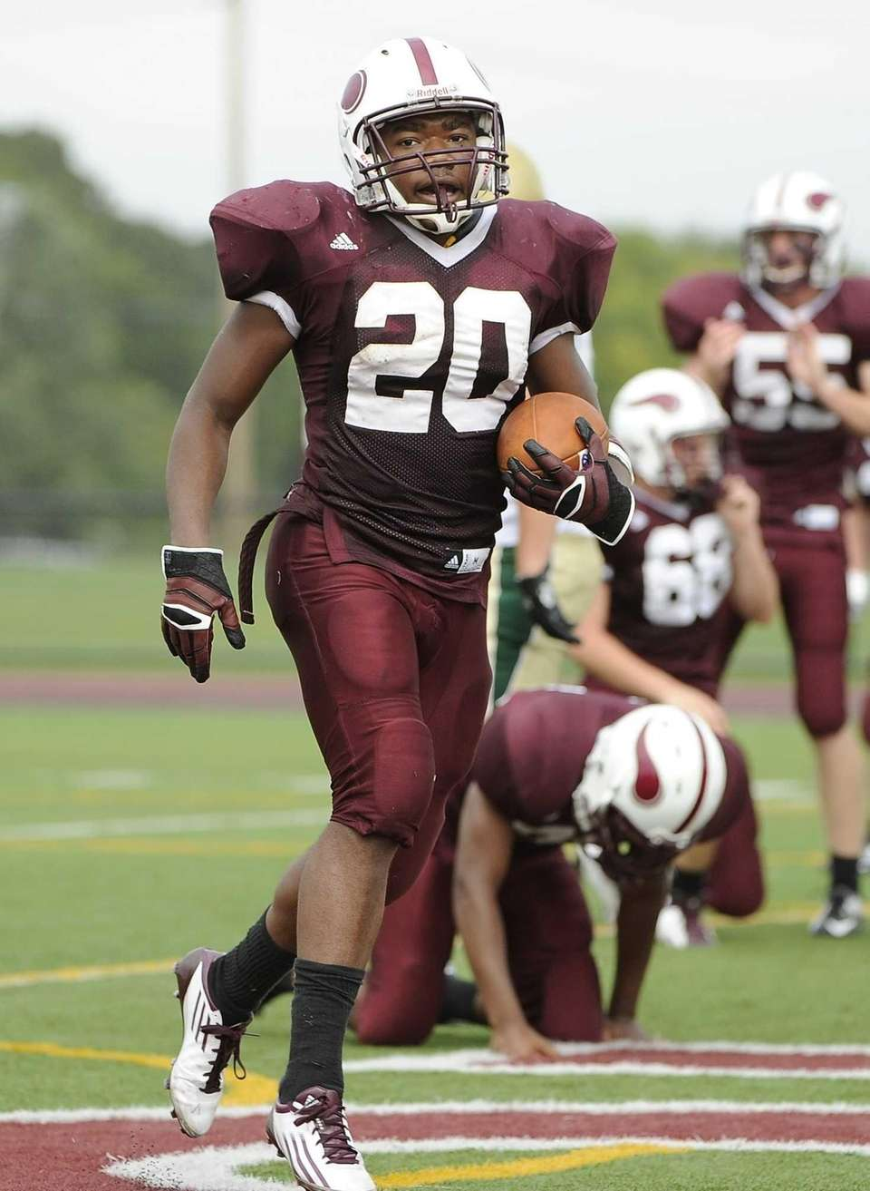Bay Shore's Matthias Eato scores a touchdown in