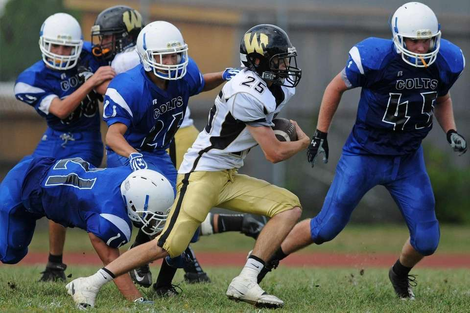 Wantagh High School running back #25 Brandon Watson