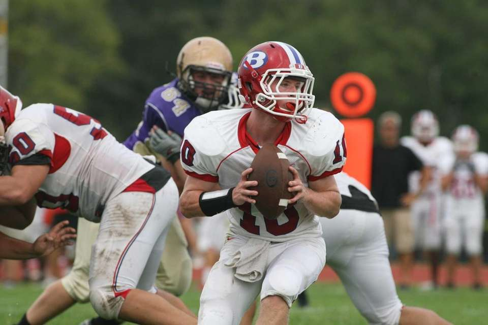 Bellport HS's QB Nate Chavious looks to make