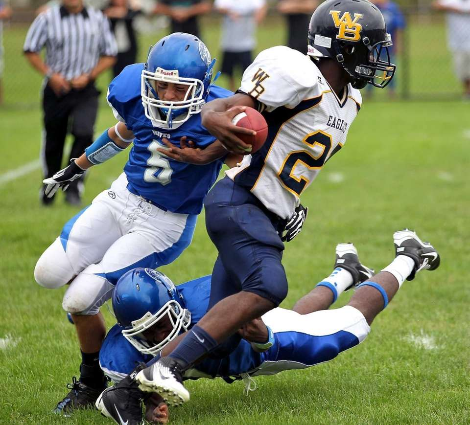 West Babylon RB Devon Smith-Martin #21 has nowhere