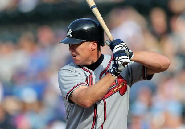 Chipper Jones #10 of the Atlanta Braves bats