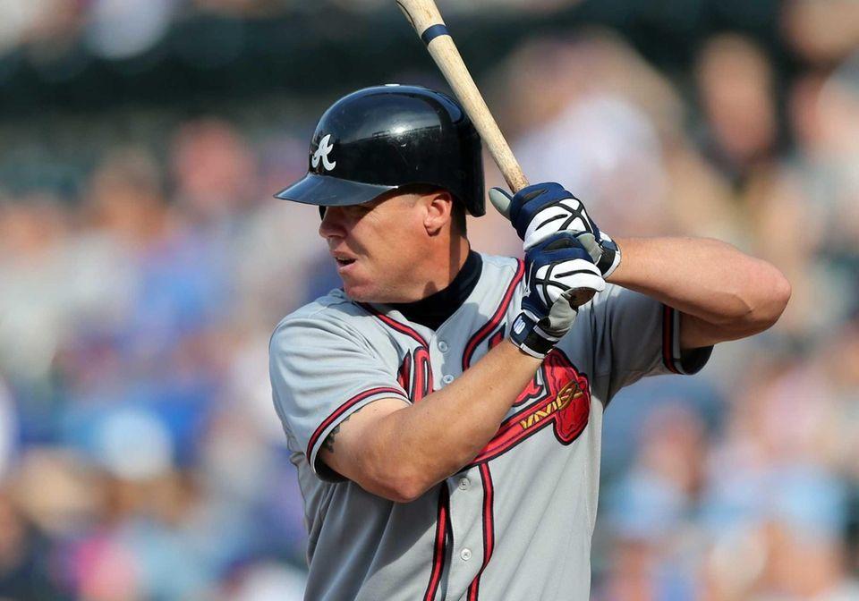 Chipper Jones #10 of the Atlanta Braves bats