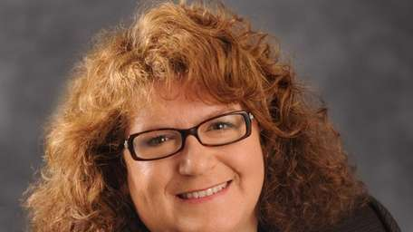 Catherine Giamundo has joined Empire National Bank as