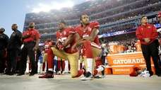 San Francisco 49ers safety Eric Reid (35) and