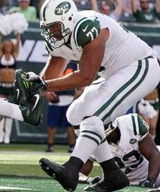 Austin Howard #77 of the New York Jets