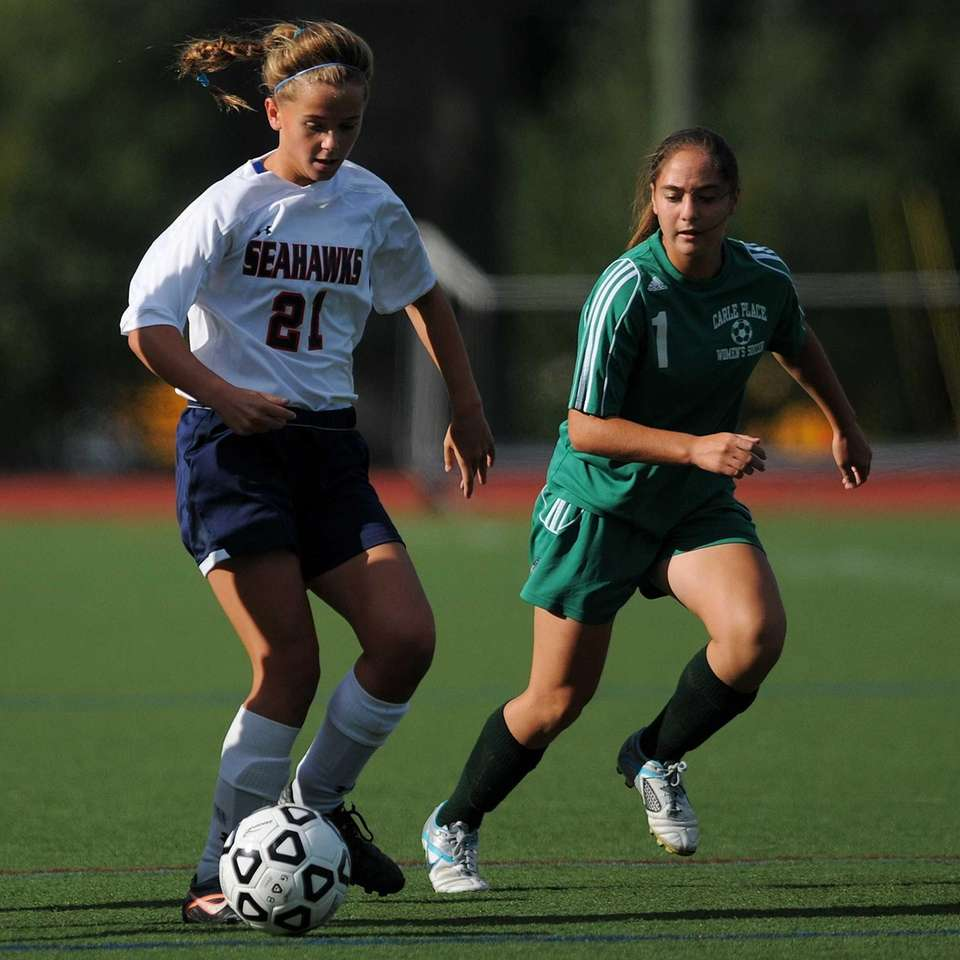 Cold Spring Harbor High School freshman #21 Katie