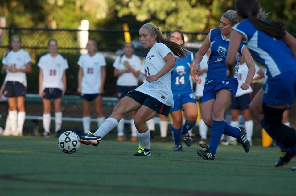 South Side's Christina Klaum passes to a teamate