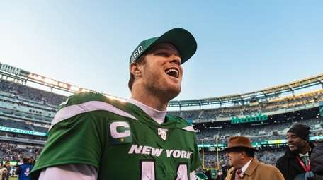Sarm Darnold was all smiles after the Jets