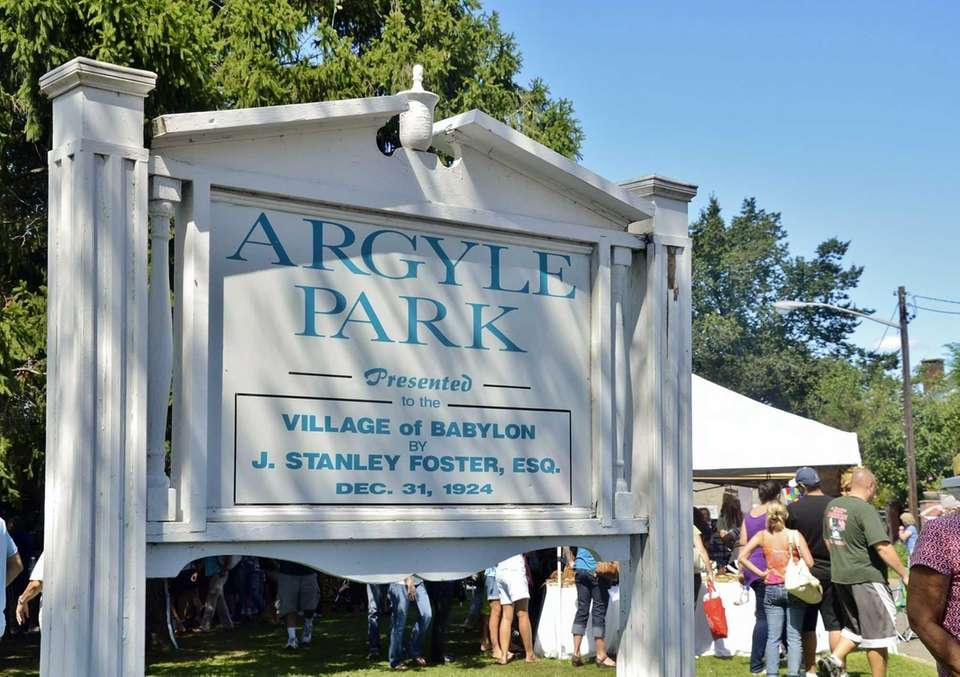The Babylon Beautification Society holds its Country Fair