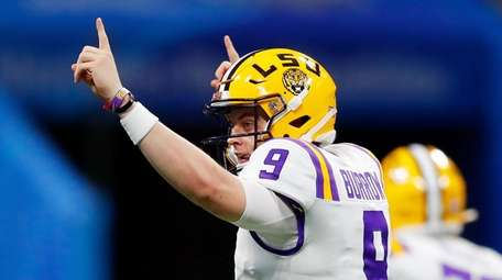 Quarterback Joe Burrow #9 of the LSU Tigers