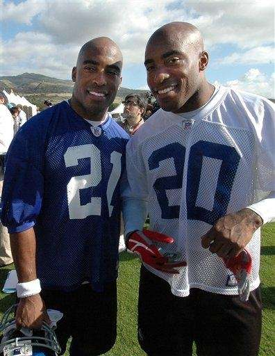Tiki Barber, left, and his brother Ronde Barber