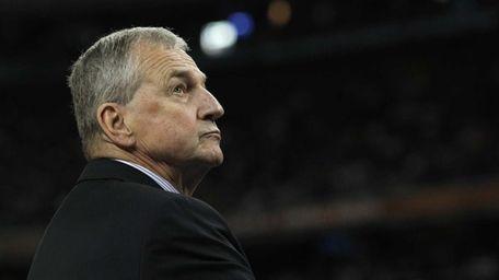 Connecticut head coach Jim Calhoun. (April 4, 2011)