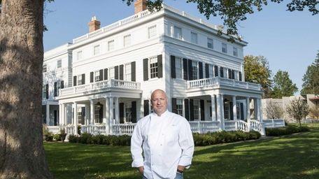 Chef Tom Colicchio outside his new venture, the
