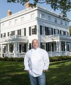 Chef Tom Colicchio outside his new venture, the