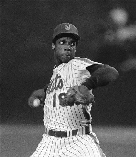 DWIGHT GOODEN, 1985 24-4, 1.53 ERA, 268 strikeouts