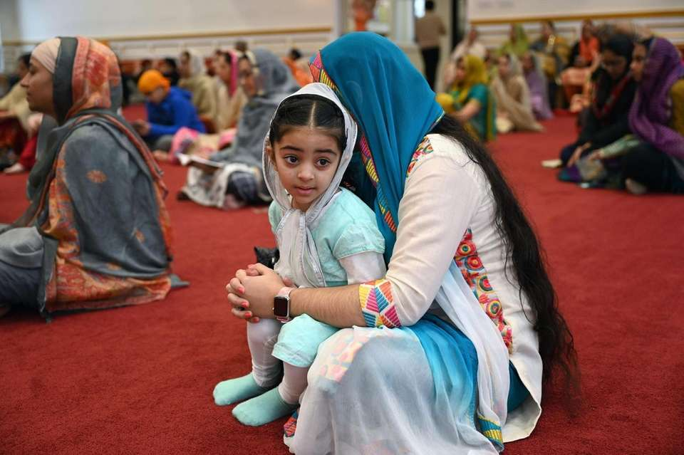Harleen Kaur, 2, of Woodbury, and aunt Gurjot