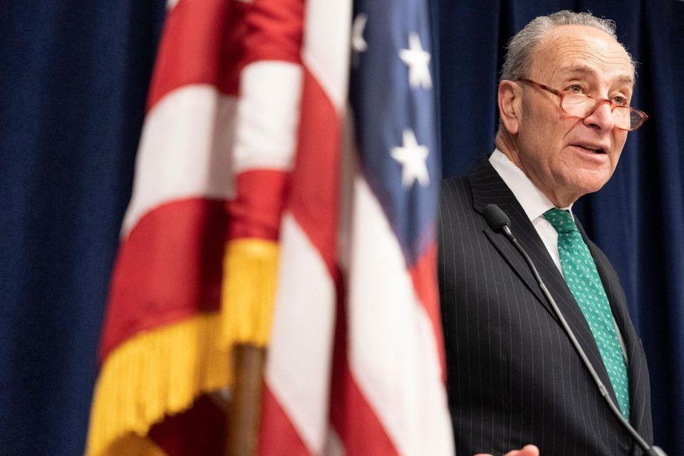 U.S. Sen. Schumer announces that heÕs working on