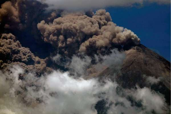 Volcanic ash spews from the Volcan del Fuego