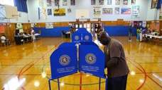 Light turnout for primary voting at Dutch Broadway