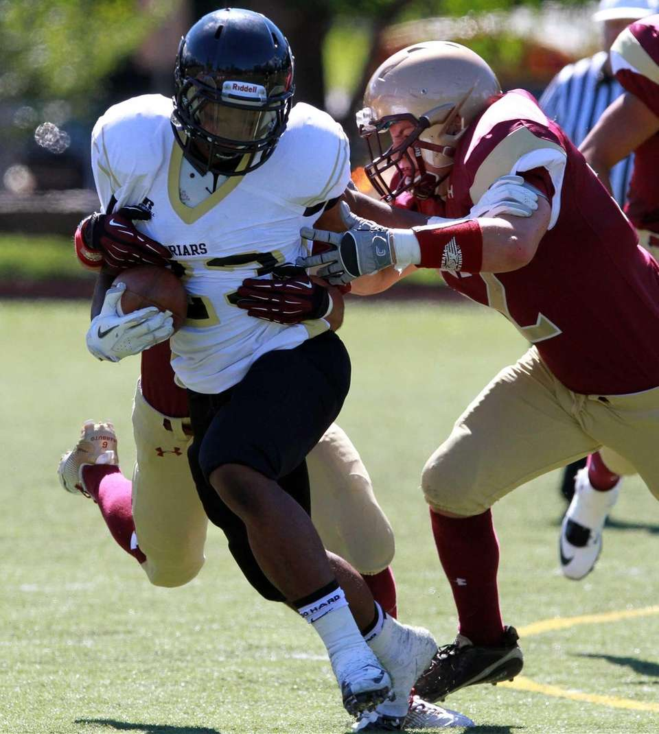 Iona Prep defenders wrap up St. Anthony's Jordan