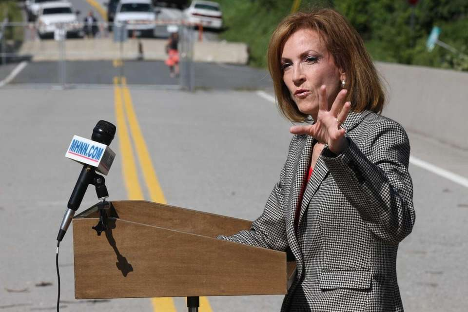 Congresswoman Nan Hayworth speaks durings a news conference