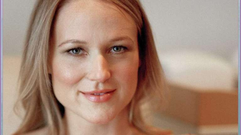 Jewel will be at Book Revue in Huntington