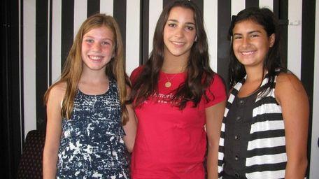 Olympic gymnast Aly Raisman (center) with Kidsday reporters