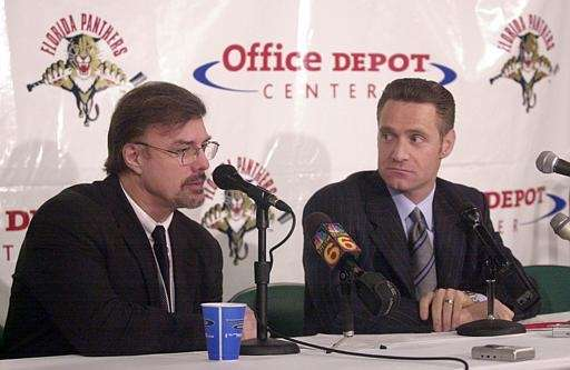 Florida Panthers General Manager Rick Dudley, left, and