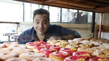 Jeff Mauro looks over the choices at Dough
